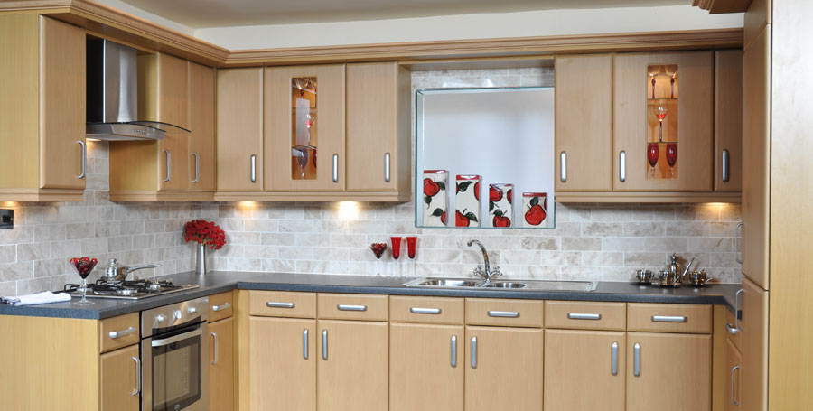 Home kitchens diy diy kitchens do it yourself kitchens all of the units you can see excluding appliances can be yours for only 695 supplied direct from the uks largest manufacturer of low cost quality solutioingenieria Image collections