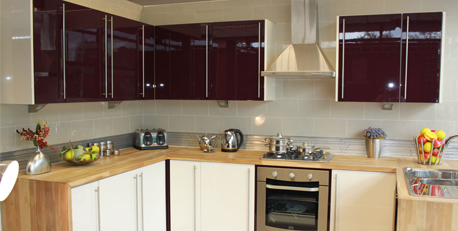 Home kitchens diy diy kitchens do it yourself kitchens we have a large range of high gloss kitchens in different colours all at prices that no other kitchen company can complete with for example this aubergine solutioingenieria Image collections